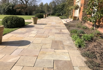 Beautiful cleaned patio in Basingstoke