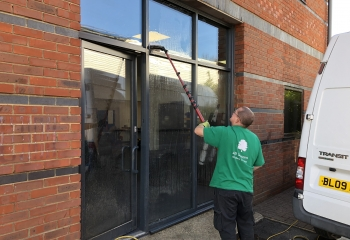 Expert professional widow cleaners cleaning office windows in Basingstoke